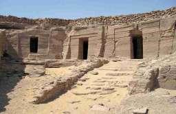 Ruiny grobowców