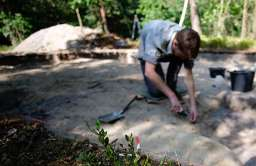 W Samborowicach odkryto celtycki piec sprzed 2 tys. lat. Natrafiono też na dużo starsze ślady obecności człowieka
