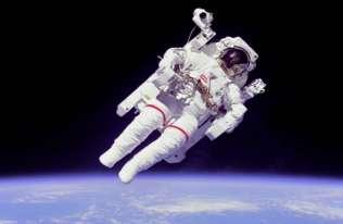 Astronauta w kosmosie