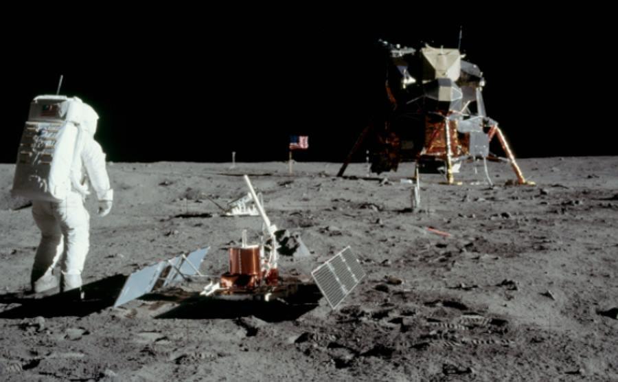 Astronauta Edwin Aldrin na Księżycu