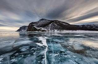 Zanurzony w Bajkale teleskop neutrinowy rozpoczął pracę