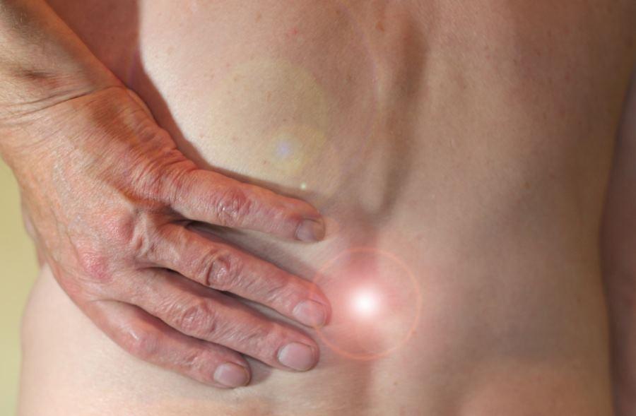 Chroniczny ból pleców? Możesz potrzebować rehabilitacji