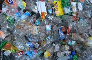 Zmutowany enzym może znacznie poprawić recykling plastikowych butelek