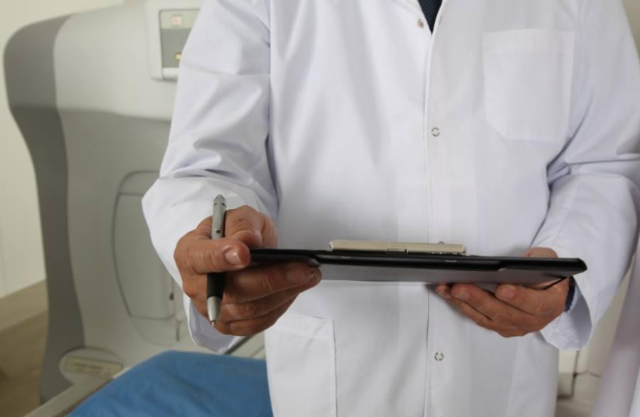 Dobry chirurg plastyczny - wskazówki jak go wybrać?