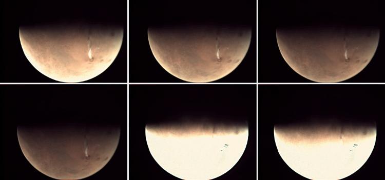 Chmury orograficzne na Marsie