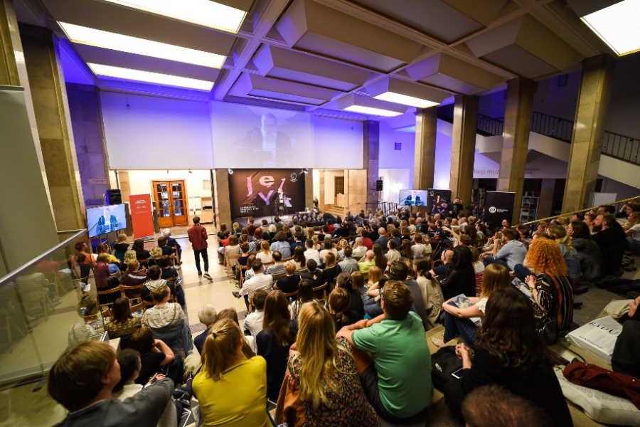 Tegoroczny Copernicus Festival odbędzie się w całości online. Zostanie poświęcony tematyce koronawirusa