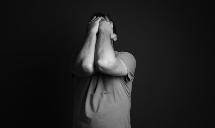 10 typowych objawów depresji. Czy jest potrzebna pomoc psychologa?