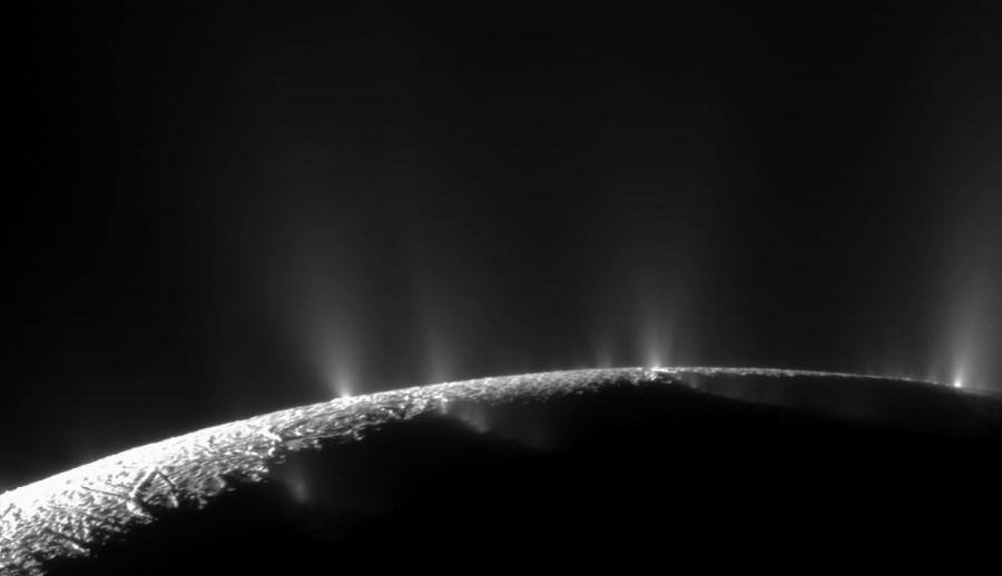 Gejzery na Enceladusie