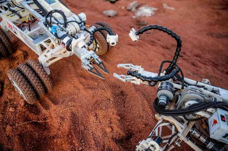 Nowa generacja robotów marsjańskich z wizytą w Polsce. Towarzyszyć im będzie wiceszef NASA