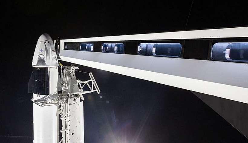 SpaceX zabierze ludzi na orbitę. Historyczny lot już w środę