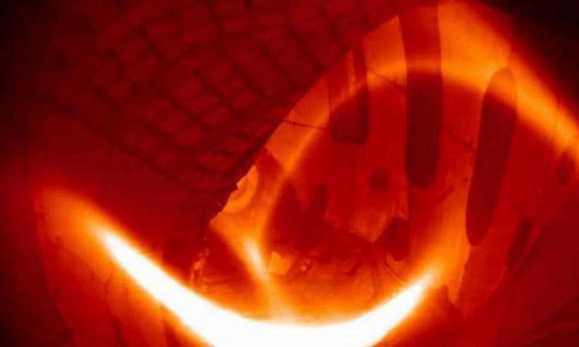 Obraz z reaktora fuzyjnego Wendelstein 7-X