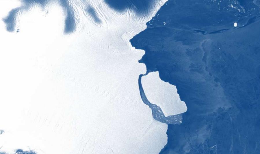 Ogromna góra lodowa oderwała się od Antarktydy