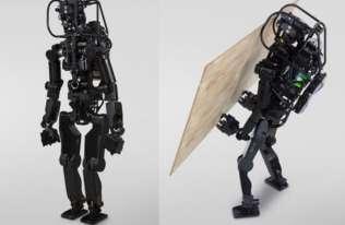 HRP-5P - robot zdolny do wykonywania ciężkiej pracy