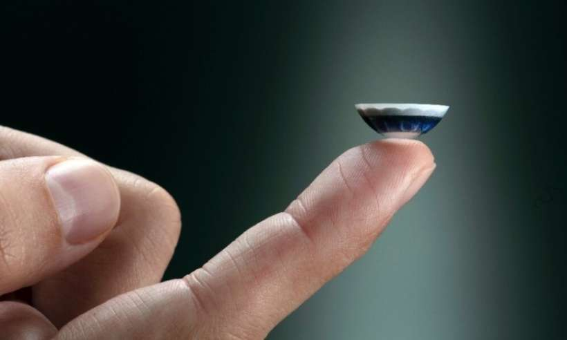 Soczewki kontaktowe z technologią rozszerzonej rzeczywistości