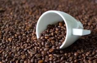 Nadmierne spożycie kawy może zmniejszać objętość mózgu i zwiększać ryzyko rozwoju demencji