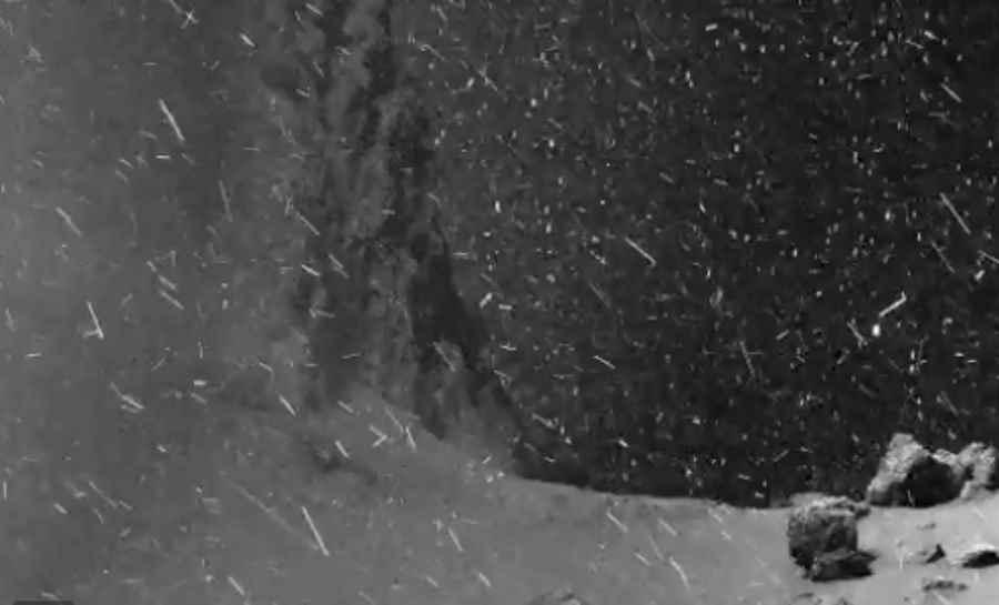 Powierzchnia komety 67P/Czuriumow-Gierasimienko