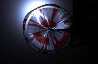 NASA pokazała nagranie z lądowania łazika Perseverance na Marsie