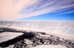 Naukowcy zbadają nieznany ekosystem ukryty pod lodem przez tysiące lat