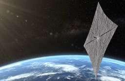 Satelita LightSail 2 testujący żagiel słoneczny