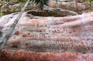 W amazońskiej dżungli odkryto tysiące starożytnych malowideł naskalnych