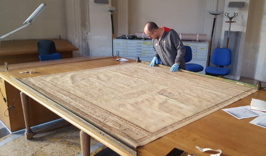Mapa Rzeczypospolitej z drugiej połowy XVII w. odnaleźli w Paryżu