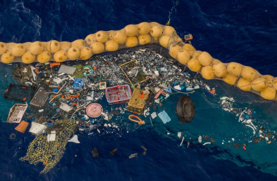 System oczyszczania oceanów z plastikowych śmieci zaczął wyłapywać pierwsze odpadki