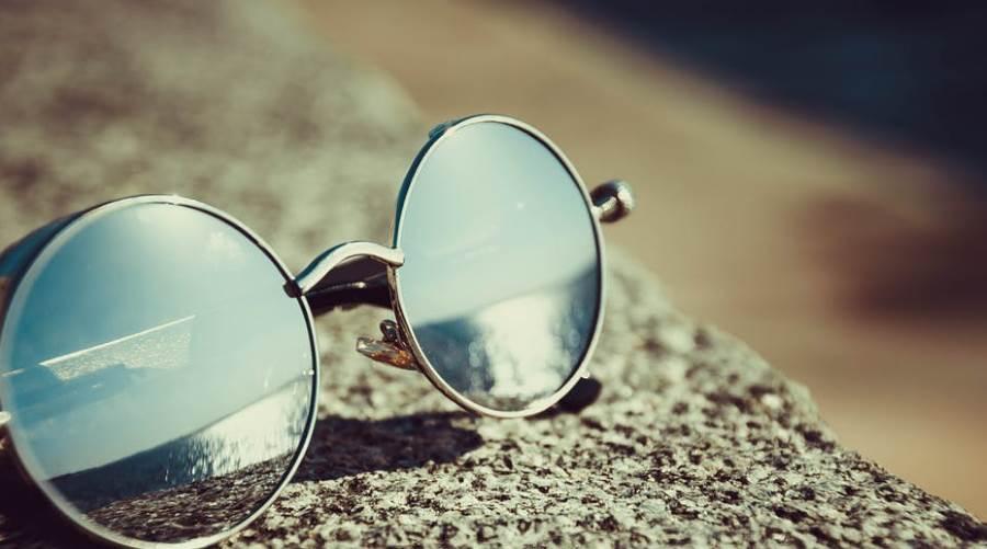 Które okulary przeciwsłoneczne chronią oko? | Dziennik Naukowy