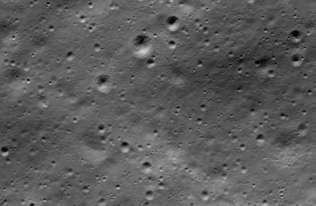 NASA znalazła szczątki indyjskiego lądownika na Księżycu. Pomógł astronom-amator