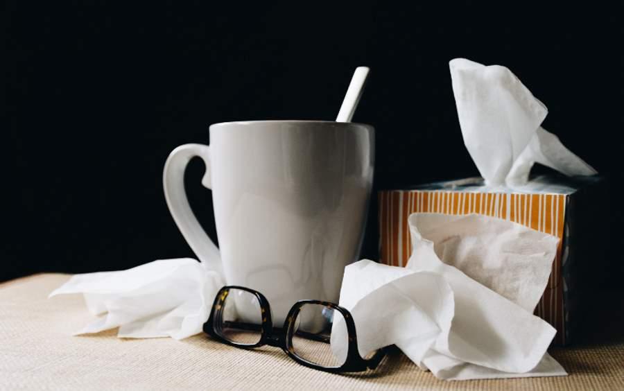 """""""Powrót do żywych"""" – jak pomóc sobie w leczeniu przeziębienia?"""
