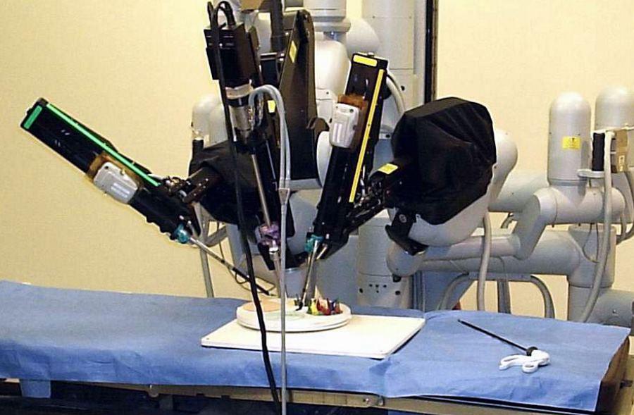 Rekordowa liczba zabiegów w polskich szpitalach z udziałem robotów da Vinci
