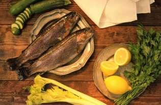 Ryby zdrowe, ale... z niektórymi lepiej nie przesadzać. Chodzi o skażenie środowiska
