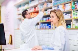 Na czym polega serializacja leków i w jaki sposób jest realizowana?