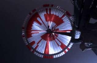 Ukryta wiadomość na spadochronie łazika Perseverance