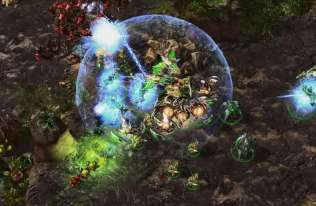 Sztuczna inteligencja AlphaStar pokonała 99,8 proc. graczy w StarCraft 2