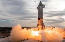Pierwsze udane lądowanie prototypu rakiety Starship. Nie obyło się jednak bez eksplozji