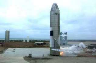 Pierwsze udane lądowanie rakiety Starship