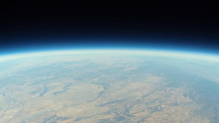 Emisje gazów cieplarnianych powodują kurczenie się stratosfery