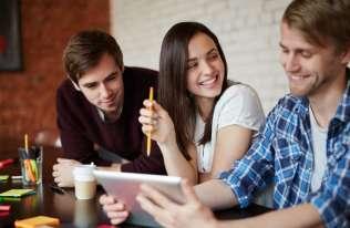 Zawody przyszłości: co warto wybrać, aby osiągnąć sukces zawodowy