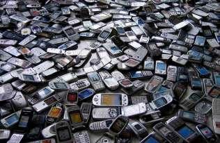 Uszkodzone telefony komórkowe