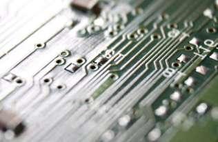 Tranzystory z naładowanych nanocząstek złota - odporne na wodę, zginanie i iskry