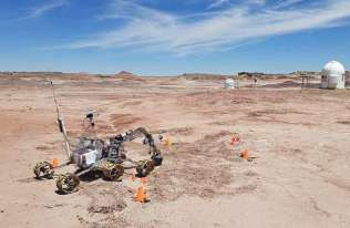Łazik biorący udział w konkursie University Rover Challenge