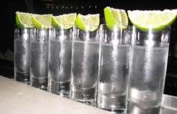 Kieliszki wódki