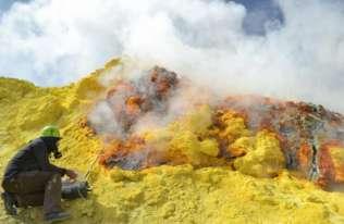 Ludzkość emituje 100 razy więcej CO2 niż wszystkie wulkany