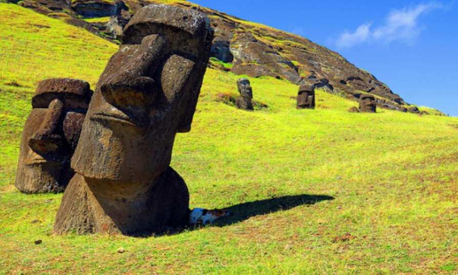 Moai na Wyspie Wielkanocnej