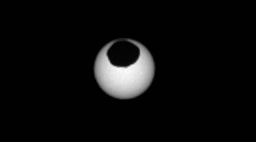 Zaćmienie Słońca na Marsie przez księżyc Fobos