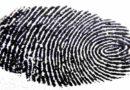 Złodzieje mogą ukraść odciski palców zselfie