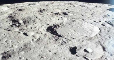 NaKsiężycu mogą znajdować się ogromne pokłady wody